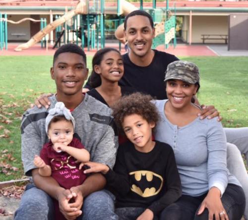 Ryan-Hollins-Family